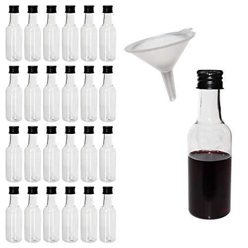 Preisvergleich Produktbild Belle Vous 24 Likörflaschen - 55ml Leere Mini Kunststoff Schnapsflaschen mit Schwarzem Deckel - Bonus Trichter zum Befüllen von Flaschen mit Flüssigkeit - Ideal für Hochzeiten, Party Gefälligkeiten, Kunst, Bemalen und Events - Saucenflasche
