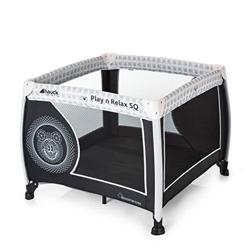 Hauck Play'n Relax SQ Reisebett, leichtes 3-teiliges, quadratisches Baby-Laufgitter, inkl. Matratze und Tasche, Liegefläche 90 x 90 cm, faltbar und tragbar, disney - mickey cool vibes (schwarz)