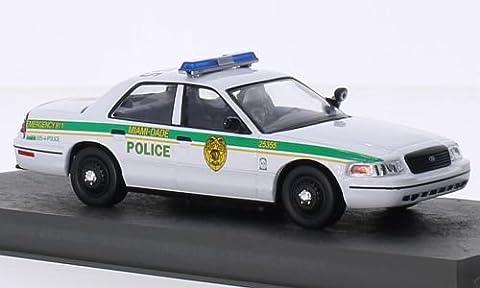 Ford Crown Victoria Police Interceptor, James Bond 007, voiture miniature, Miniature déjà montée, SpecialC.-007 1:43