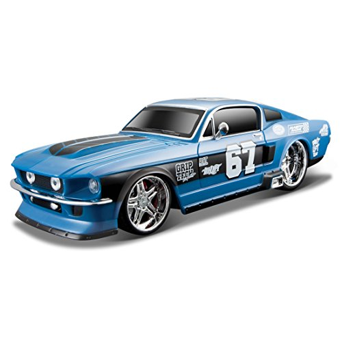 Maisto - 1:24 1967 Ford Mustang GT  available at amazon for Rs.1500