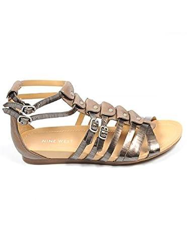 Nine West Womens Flat Sandal NWBUZZIE PEWTER TAUPE