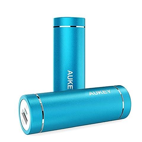 AUKEY Mini Batterie Portable 5000mAh, Entrée 2A et Sortie 2A,