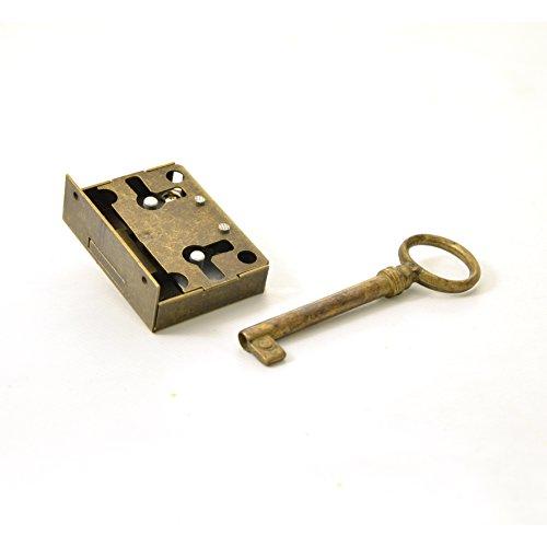 Kastenschloss (Dornmaß 20 mm) und Schlüssel aus Messing