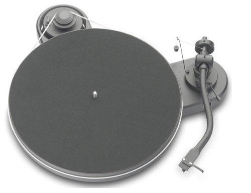 Pro-Ject RPM 1.3Genie Plattenspieler, Schwarz