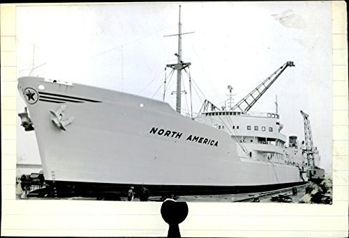 vintage-photo-of-north-america-aeuraeurmotor-tanker-belonging-to-the-texas-company-a-s-oslo
