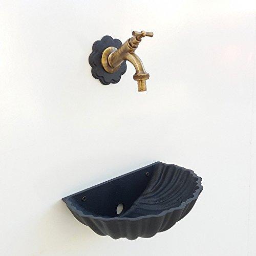 Fonderia bongiovanni fontana a muro conchiglia 303/b colore grigio ghisa con rubinetto in ottone brunito per casa giardino