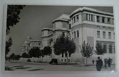 Antigua postal fotográfica. Old photo post card. Nº 96 - VALENCIA- Facultada de Medicina y Ciencias