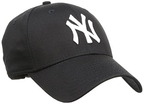 - New Era Cap- Team: NY YANKEES- Range: 940 Adjustables- StyleNr.: 10531941- Größe: ONE SIZE- Farbe: Black- Logo: White- Material: 100% Baumwolle - erhabener Stick- gebogenes Schild- perfekte Passform- Größe verstellbar- seitlich New Era Logostick...