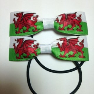 patron-saint-davids-day-dewi-sant-welsh-rugby-welsh-flag-handmade-hair-bows-hair-accessory-accessori