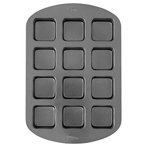 Wilton 12Loch- und quadratisch behandeln Kuchenform (Wilton 12 Cake Pan)