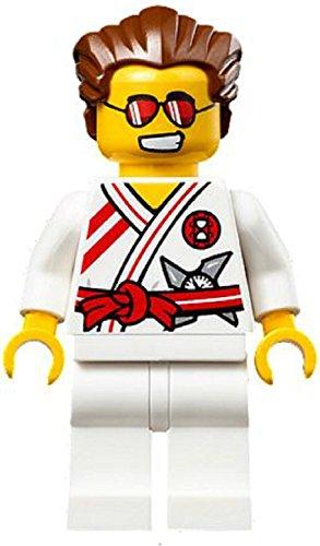 lego-ninjago-minifigure-griffin-turner