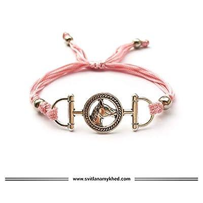 Bracelet TETE de CHEVAL. CRIN de CHEVAL. MORS À CHEVAL. FER à CHEVAL. AU GALOP. EQUITATION. Bijou Bracelet cadeau personnalisé pour admirateurs des chevaux cordon satin.