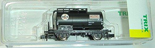 Preisvergleich Produktbild Minitrix 15418-02 Kesselwagen DEA Heizöl