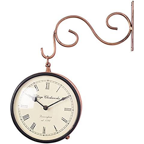 Store Indya, Vintage Victorian parete stazione decorativo Orologio di rame con due lati di orologio e Iron Wall Bracket - 1 batteria AA (non