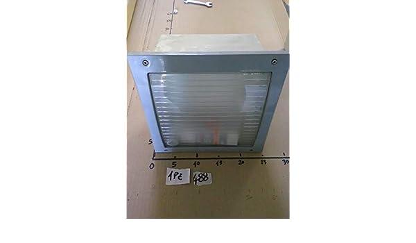 Plafoniere Per Esterno Guzzini : I guzzini plafoniera quadra 25x25 lampada per esterno ip66 lampade