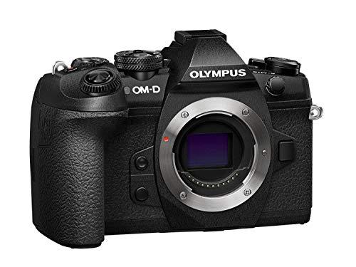 Olympus OM-D E-M1 Mark II Systemkamera (bis zu 60 Bilder/sek, 121 AF Punkte,20 Megapixel, 7,6 cm (3 Zoll) TFT LCD-Display, 4k Video, HDR, 5-Achsen Bildstabilisator) Schwarz