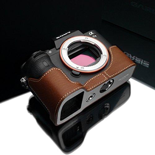 Gariz XS-CHA7IICM Echtleder Kamera Metall Halbtasche für Sony Alpha A7II A7RII Mark II, Camel braun -
