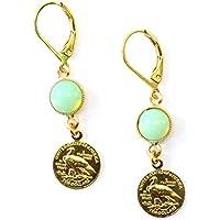Ohrringe vergoldet mit kleiner Münze und Schmuckstein in grüntürkis // Länge 2,2 cm