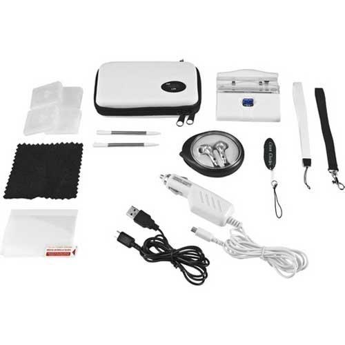 CTA für Nintendo DS Travel Kit / Reise-Set 16 in 1 in Weiß - beinhaltet: Ladestation, KFZ-Ladekabel, Displayschutzfolie, 2 Stylus Stifte, 4 Spieleschutzhüllen, Trageschlaufen, Kopfhörer inkl. Schutzhülle, Reinigungstuch, Displayreinigungstuch, Tasche, sowie ein USB-Ladekabel - Kit Travel Ds Nintendo