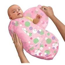 SwaddleMe MP2P Neugeborenes/Microfleece/rosa-Kreise - Ganzkörper-Pucksack ist ideal bei Schreibabys. Small.