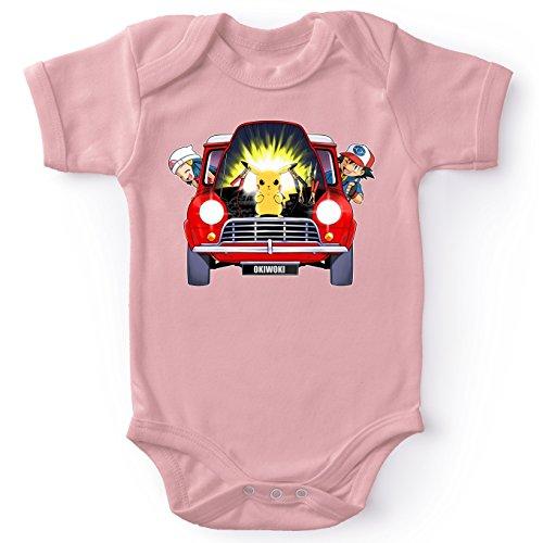 Pokémon Lustiges Pink Baby Strampler (Mädchen) - Pikachu, Ash Ketchum und Lucia (Pokémon Parodie) (Ref:629)