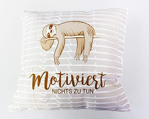 Kamaca Flauschig gefülltes Faultier - Motiviert Nichts zu Tun Reise - Kissen - lustiges Dekokissen - gefülltes Kissen - schöne Größe auch ALS Reisekissen für Kinder (Motiviert)