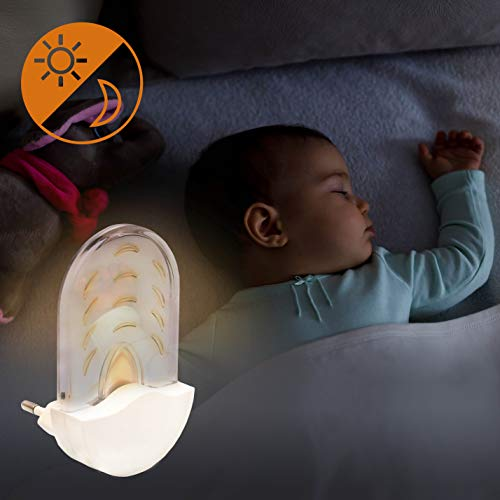 Briloner Leuchten Bernstein LED Nachtlicht für Kinder- & Schlafzimmer, Auto-Dämmerungs-Sensor, Orientierungslicht, Nachtlampe für Steckdose; Höhe: 9 cm