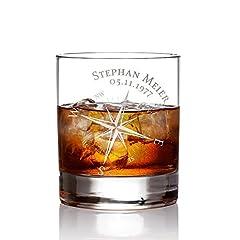 Idea Regalo - AMAVEL - Bicchiere da Whisky con Incisione a Bussola - Personalizzato con [NOME] e [DATA] - Tumbler Basso in Vetro - Idea Regalo di Compleanno - Regali per Lui - Capacità: 320 ml