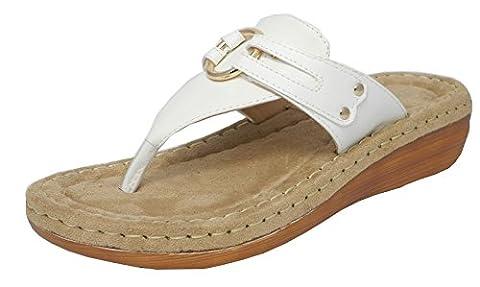 Womens Ladies Leather Look Toe Post Flip Flops Cushion Comfort Sandals WHITE 7