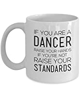 Pas toi-même le matin sans ton café? Exprimez votre besoin de caféine avec notre tasse à café en céramique de qualité supérieure. Avec sa grande poignée facile à saisir et sa base stable, cette tasse permet de siroter à l'aise et de l'utiliser sans b...