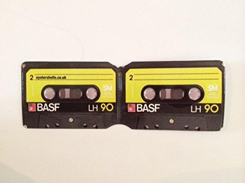 retro-cassette-oyster-card-holder