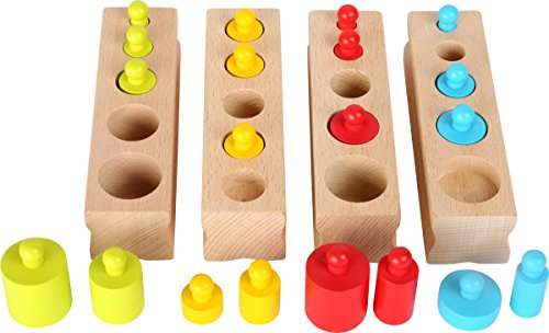 Small Foot 10525 Steckspiel aus Holz mit Kunterbunten Steckteilen und Vier Holzreihen Inkl. Unterschiedlich Großen Zylindern, Fördert Das Mengenverständnis
