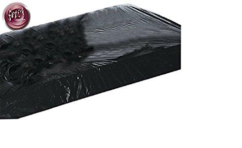 Spannbettlaken - Lack-Spannbettlaken - Dieses Lack-Spannbettlaken verwandelt Ihr Bett in eine schön glänzende, schwarze Lust-Wiese, die sich besonders gut reinigen lässt. Rundum mit Stretch umsäumt - da verrutscht nichts! Ideal für geile Glitsch-Spiele in Öl oder herrliche Schaumschlachten! Maße: 1,60 x 2,00 m. Abwischbar. Schwarzer, glänzender Lack, rundum stretchumsäumt, damit nichts verruscht! Maße: 160 x 200 cm. Abwaschbar 100% Polychlorid (Vinyl). Produktart: Laken Farbe: Schwarz Material: PVC / Fetissh Collection / Fetish Bettzubehör / Lacklaken / schwarzes Lacklaken / Fetish Spannbettleken / Spannbettlaken in schwarz