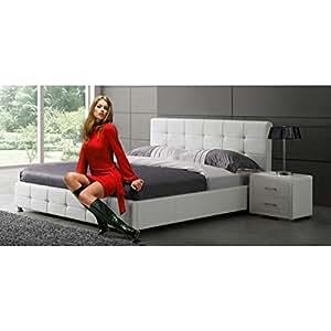lit adulte capitonn blanc en pu courtney cuisine maison. Black Bedroom Furniture Sets. Home Design Ideas