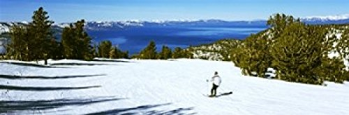 The Poster Corp Panoramic Images - Tourist skiing in a ski resort Heavenly Mountain Resort Lake Tahoe California-Nevada Border USA Photo Print (91,44 x 33,02 cm)