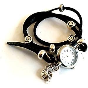 Armbanduhr als Wickeluhr, Leder mit Charms Spiralen