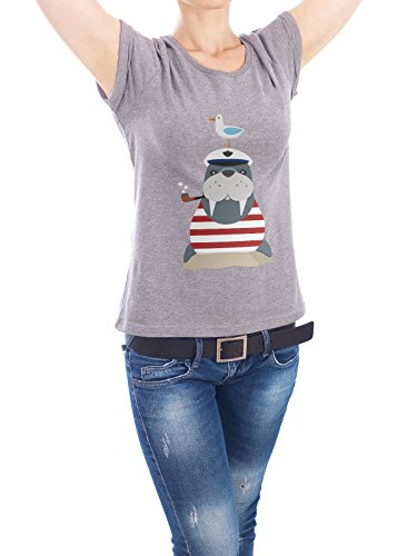 "Design T-Shirt Frauen Earth Positive ""Walross im Badeanzug"" - stylisches Shirt Tiere Abstrakt Kindermotive Comic von Andrea Stiegler Grau"