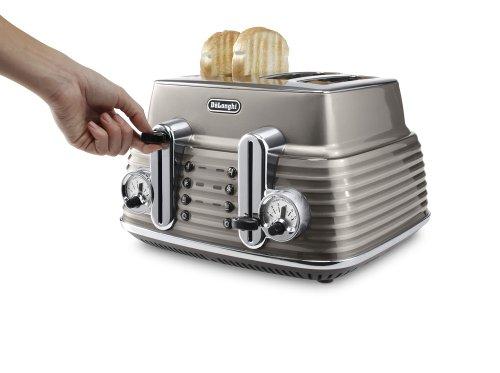 De'Longhi Scultura CTZ4003BG 4-slice Toaster by De'Longhi