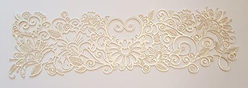Esta tira de encaje comestible para tartas es absolutamente hermosa para boda o pasteles ocasionales. Disponible en varios colores. Cada tira mide 32,5 cm x 10 cm.