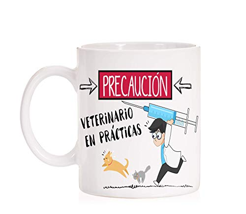 Taza Precaución Veterinario en prácticas. Taza divertida para licenciados en veterinaria de regalo para las prácticas. Amante animales.
