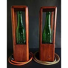 Lámpara de mesa led de madera reciclada de palet con tulipa de vidrio verde hecho a