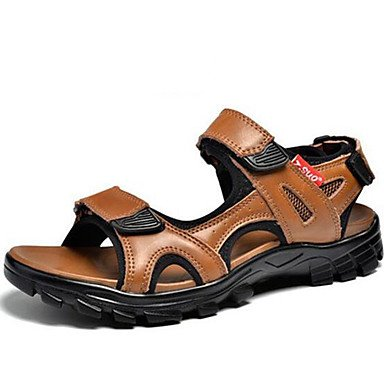 Los hombres sandalias Primavera Verano Otoño confort informal Vestimenta exterior fabricada con cuero marrón claro negro zapatos de agua US7.5 / EU39 / UK6.5 / CN40