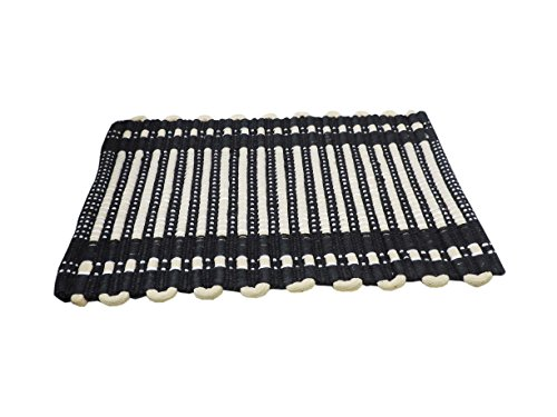 Online Quality Store Single Door mat Medium Size in Offer Price (Size = 16*24 Inches, Premium)  available at amazon for Rs.149