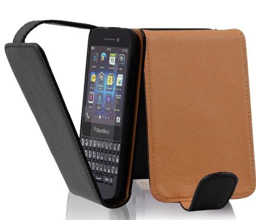 Cadorabo Hülle für Blackberry Q5 - Hülle in OXID SCHWARZ – Handyhülle aus strukturiertem Kunstleder im Flip Design - Case Cover Schutzhülle Etui Tasche