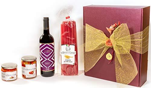 Confezione regalo natalizia enogastronomica. - Selezione Gourmet. Primitivo di Manduria, Linguine al Vino Rosso, Peperoni Farciti, Bruschetta ai Peperoni.