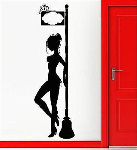 wandaufkleber gras Escort Girl Rotlicht Street Cooler Mann (Escorts Männer)