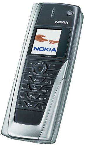 Nokia 9500 Smartphone (Microsoft Wireless Multimedia Tastatur)
