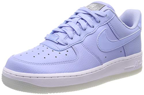 brand new 53621 f50e1 Nike Air Force 1  07 Essential, Chaussures de Gymnastique Femme, Bleu  Aluminum