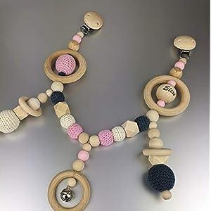 """personalisierte Kinderwagenkette aus Holz- und Häkelperlen mit Glöckchen der""""CrochetWoodCollection"""""""