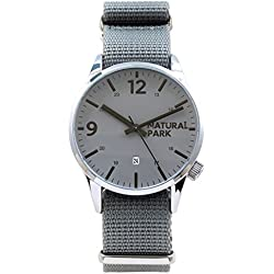 Men Sports Casual Watch with Gray Dial Date Nylon Strap